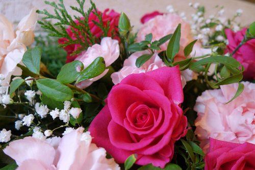 Hautauspalvelu Ruusu22